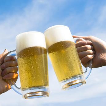 ¿Te has puesto a pensar cuánto gastas en cerveza? o ¿Cuántos litros ingieres al año?