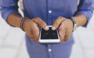 Tenossinovite causada pelo mau uso de celular