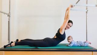 Baby Pilates ajuda mulher a superar as dificuldades do pós-parto