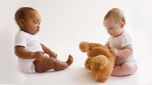Por que é importante que o bebê aprenda a se sentar?