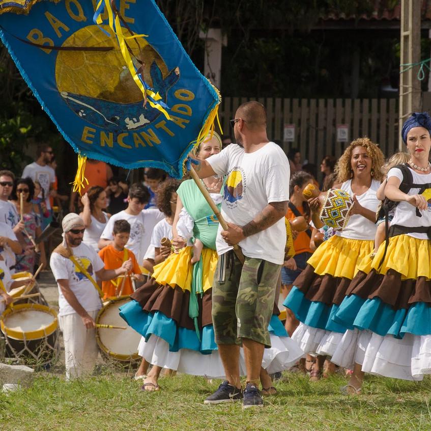 Apresentação de Maracatu, junto dos alunos da escola.
