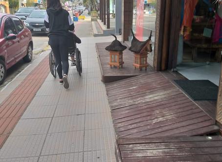 FICC 9º ano - Como pessoas que possuem mobilidade reduzida se movimentam em Garopaba