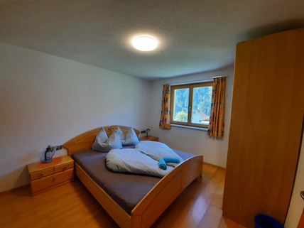 Dreibettzimmer.jpg