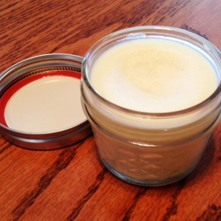 How To Make a Simple Nourishing Non-Toxic Body Butter