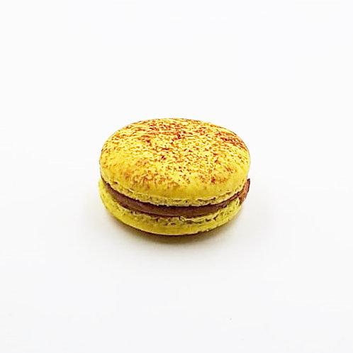 Macaron Chocolat au Lait & Fruit de la Passion