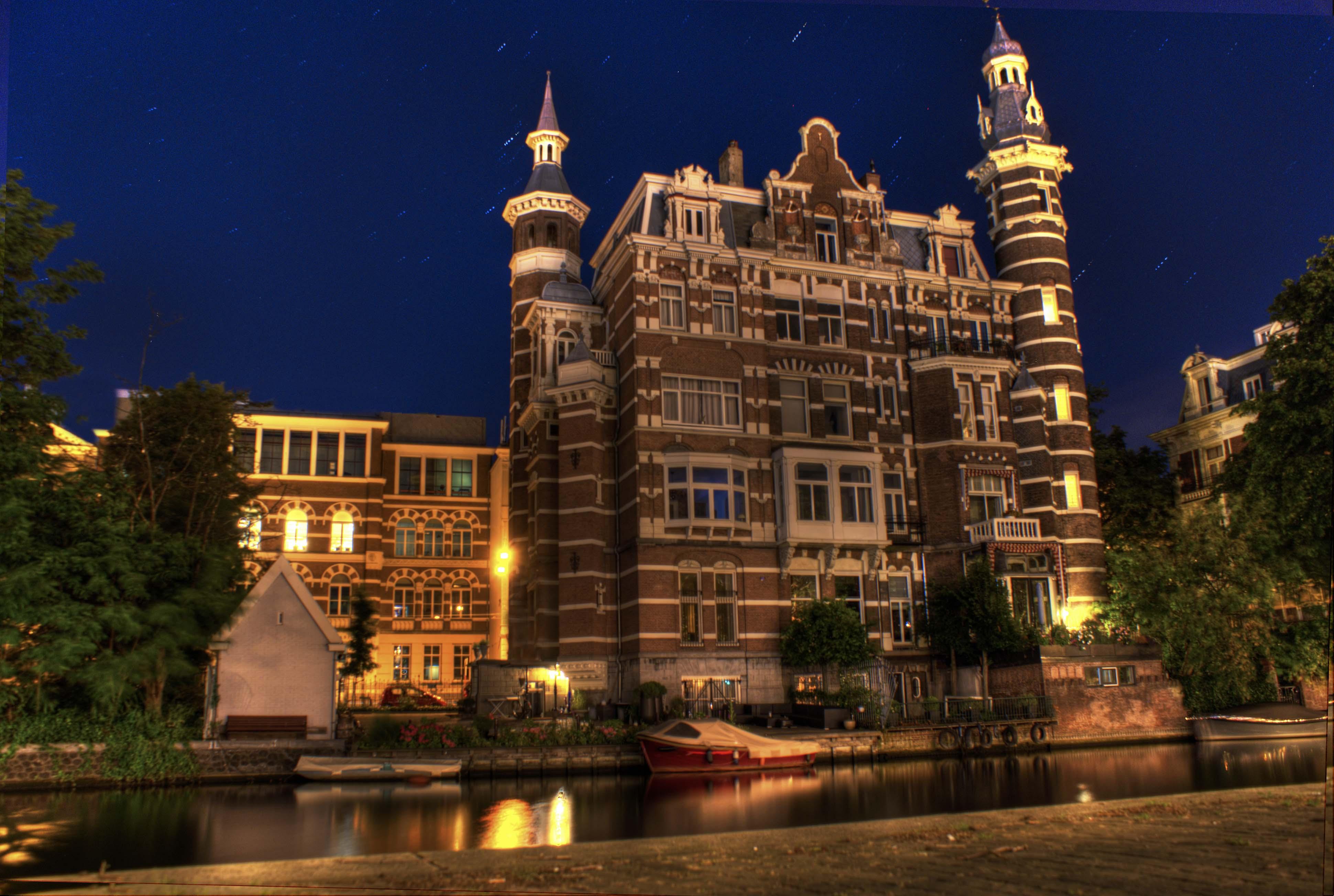 Midnight Dazing in Amsterdam