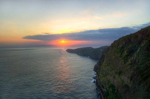 Follow The Sun -Nusa Penida, Indonesia
