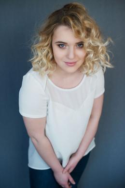 portrait-blonde