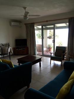 mandurah beach-house accommodation