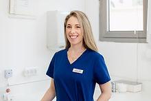 """ד""""ר עדי גולדשטיין - רופאת שיניים במרפאה של ד""""ר ליבי כרמי, תל אביב"""