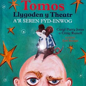 Tomos Llygoden y Theatr (a'r seren fyd-enwog) - Caryl Parry Jones a Craig Russell