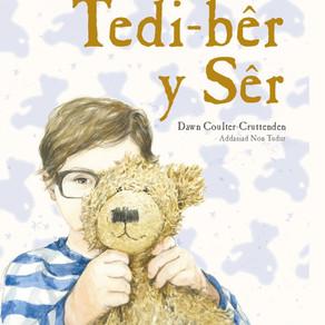 Tedi-bêr y Sêr - Dawn Coulter-Cruttenden (addas. Non Tudur)