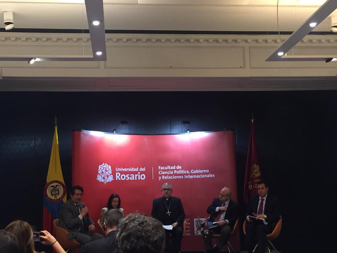 HERMANOS EN LA FRONTERA: RESPONSABILIDAD COLECTIVA Y LA RESPUESTA REGIONAL A LA CRISIS DE LOS REFUGI