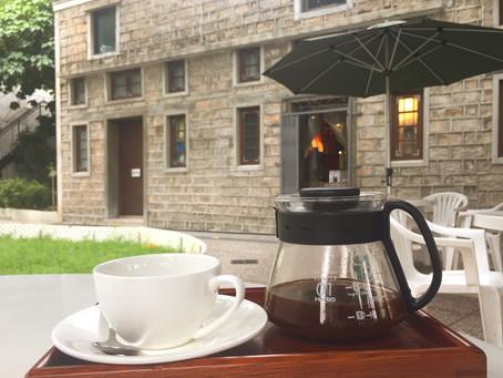 【九龍城寨旁,被活化保育的 - 石屋咖啡冰室】