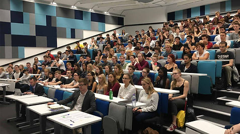 chemistry-students-in-lecture-theatre.jp