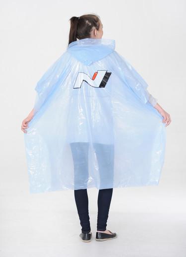 Ponchos con capuchas con materiales ecológicos