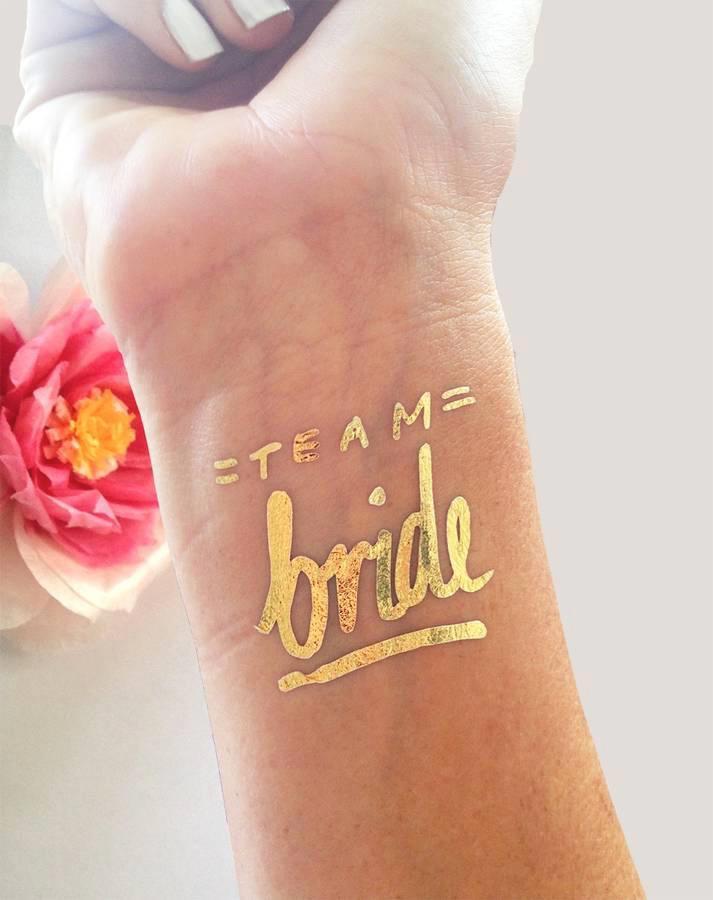 Tatuajes en formas y tintas especiales