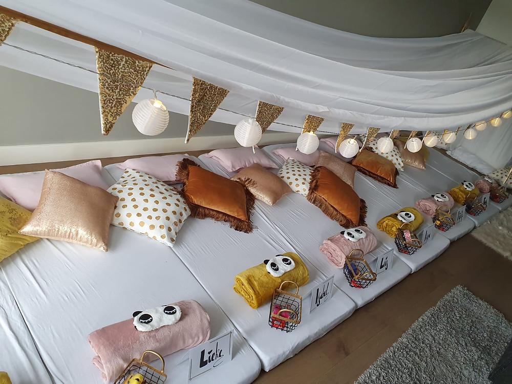 Een slaapfeestje organiseren