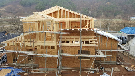 공주 호계리 목구조작업 후 방습지,지붕작업