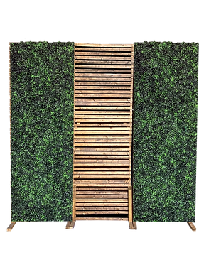 Wooden Backdrop 2 with 2 hedge.png