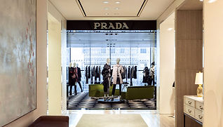 prada-holt-renfrew-montreal-entrance.jpg