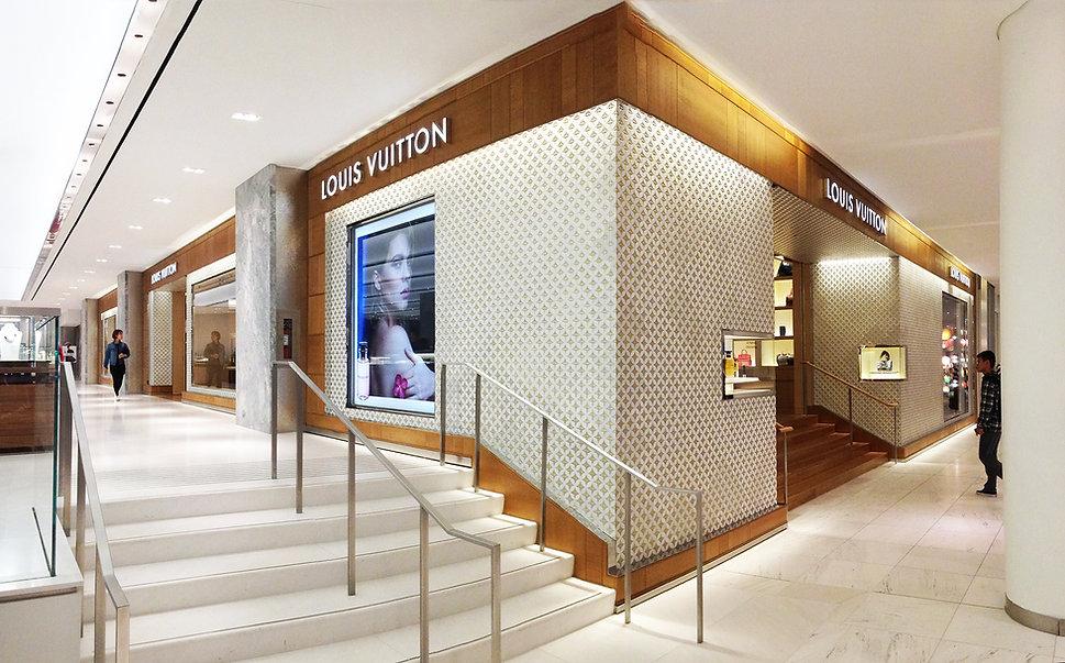 Louis Vuitton Holt Renfrew Vancouver Facade