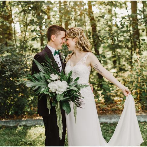 Liriodenron Foundation Wedding // Annie + Aaron // Maryland Wedding Photographer