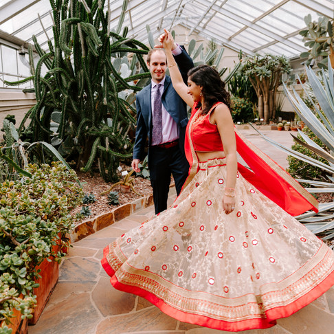 Rawlings Conservatory Portraits // Himani + Jon // Baltimore Photographer