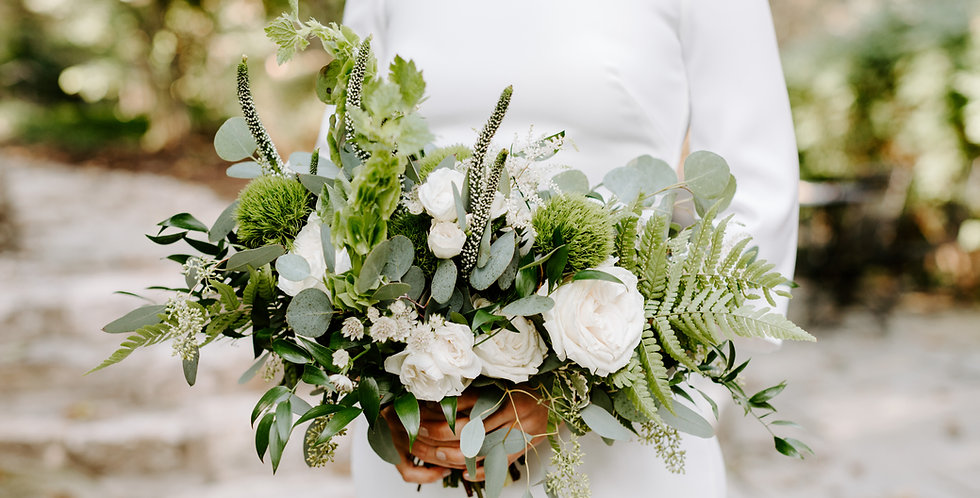 Airy & Natural Bridal Bouquet