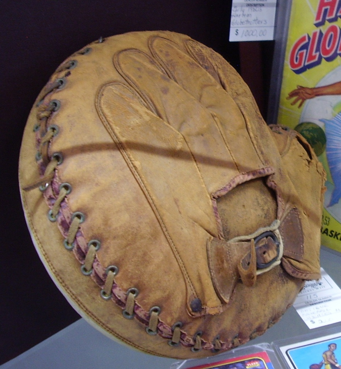 Catchers Mitt Sports Collectibles