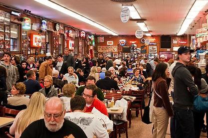 restaurant-crowd.jpg