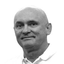 Dr. Marek Barczak