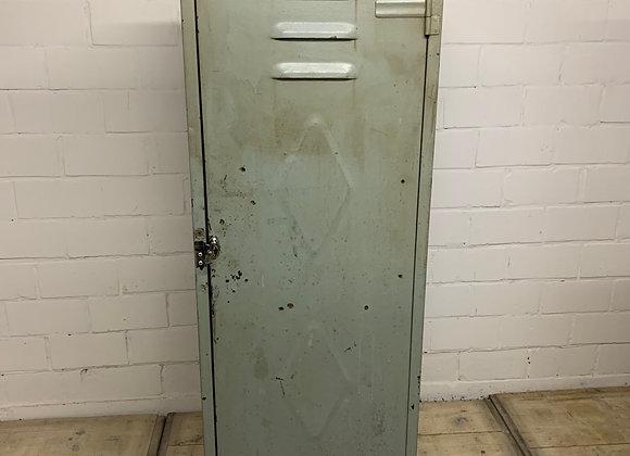 Oude industriële ijzeren locker