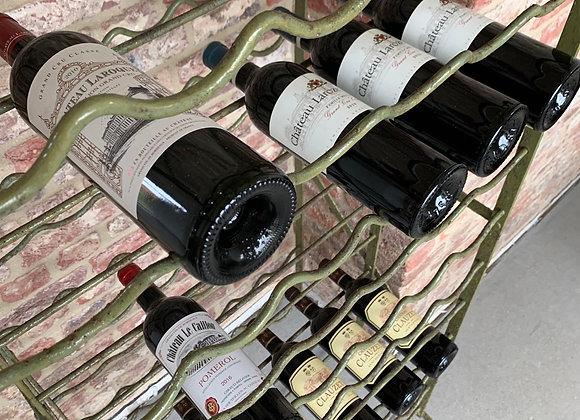 Antiek Frans wijnrek (144 flessen)