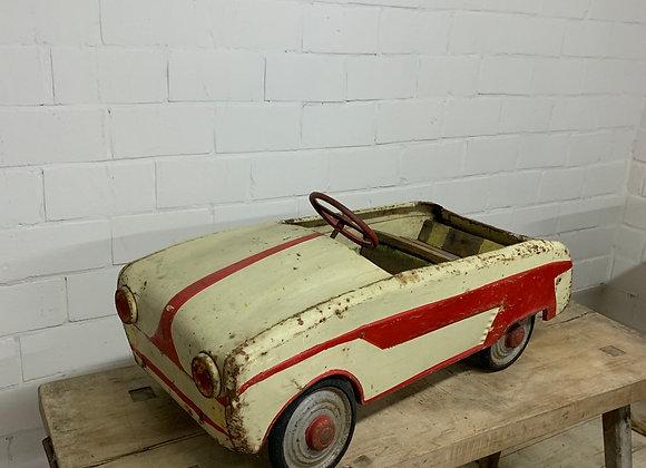 Vintage trapauto Renault Dauphine