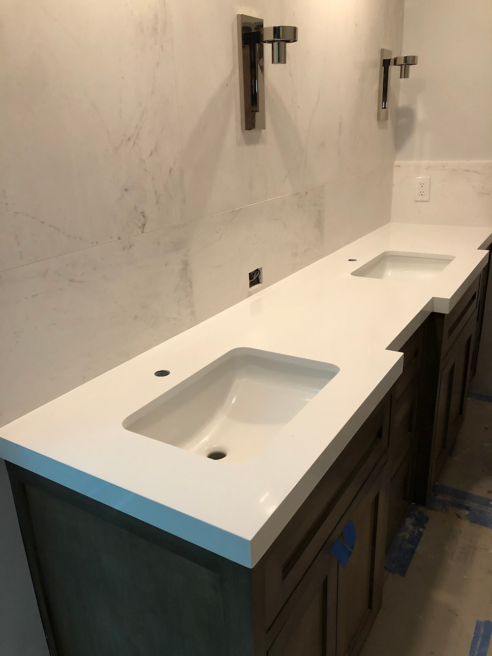 White quartz countertops fabrication and installation near me Boca Raton FL. Contact Stone and Quartz LLC