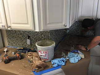 Backsplash & Quartz Countertops Installation