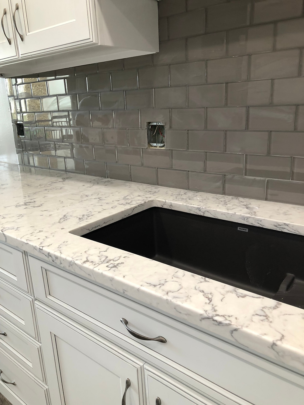 quartz countertops and tile store and installer in Boca Raton FL, contact Stone and Quartz LLC :)
