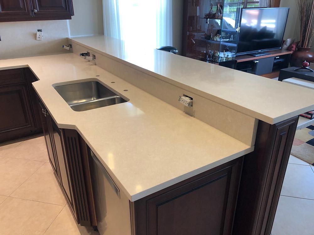 Cambria kitchen countertops in Boca Raton FL. Quartz Countertop store and installer Contact Stone and Quartz LLC. Best costumer service.