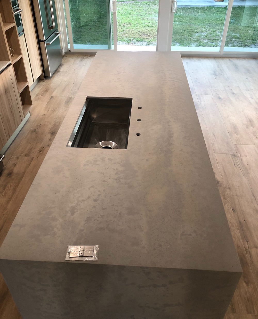 How fabricate and install Caesarstone in Boca Raton FL? contact the experts Stone and Quartz LLC over 22 years of experience. Boca Raton fl
