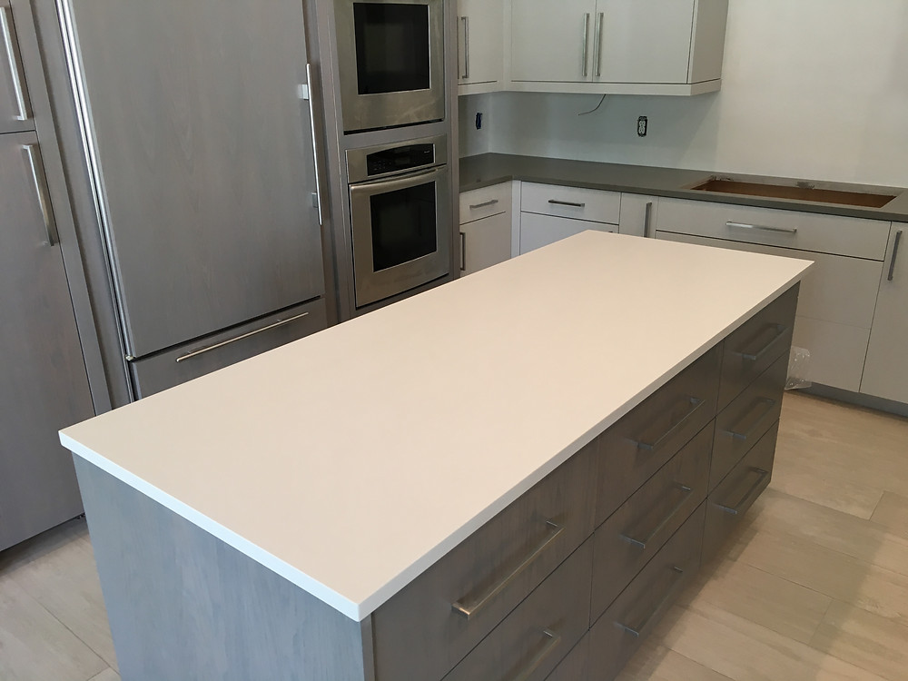 White quartz countertops installer in Boca Raton FL contact Stone and Quartz LLC