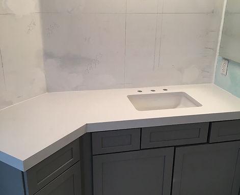 Quartz Vanity Countertops | Fabricator