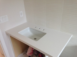 picture white vanity countertop