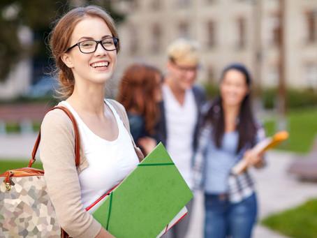 ¿El estudiante extranjero puede cambiarse de universidad en Rusia?
