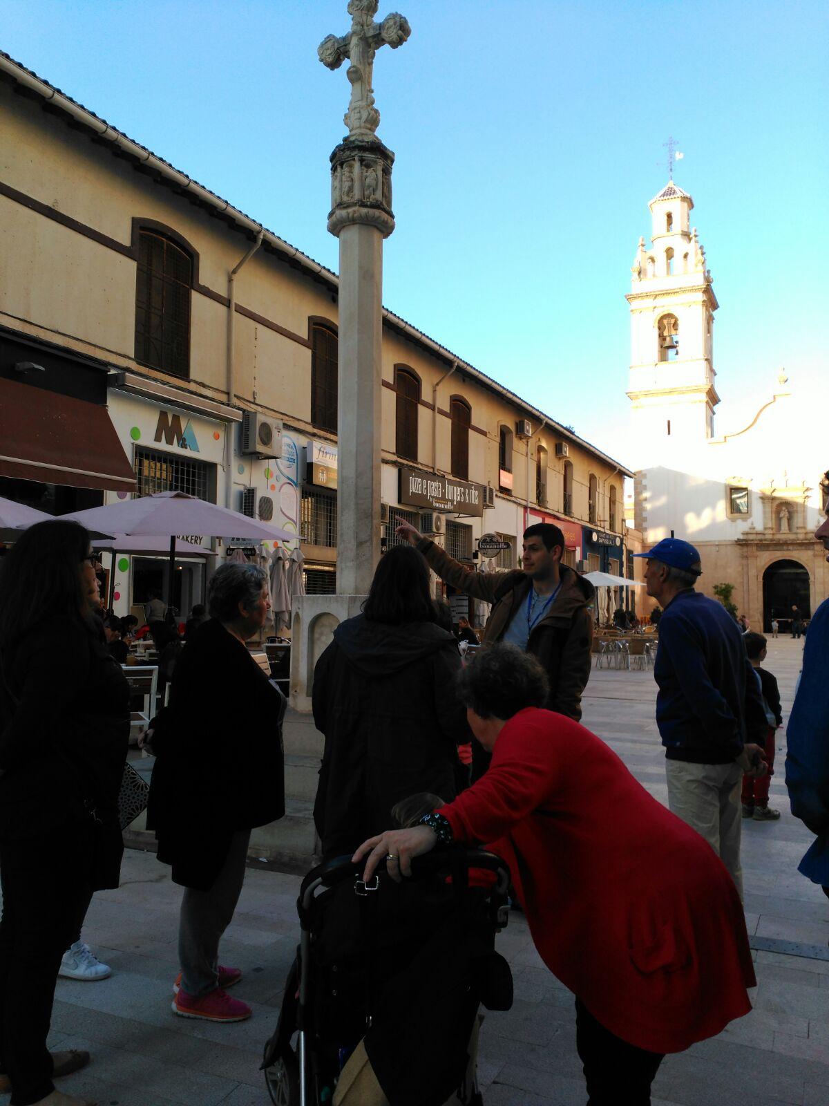 Grupo visitando la ruta: Dalt Dénia