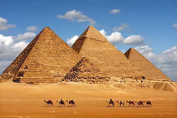 egypt-cairo-pyramids-of-giza-and camels-