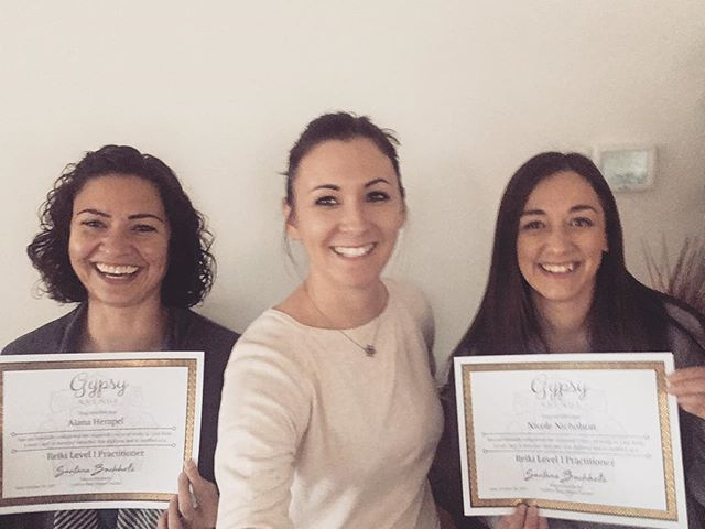 I had so much fun today teaching these two new level 1 reiki practitioners!! Congrats ladies!! #reik