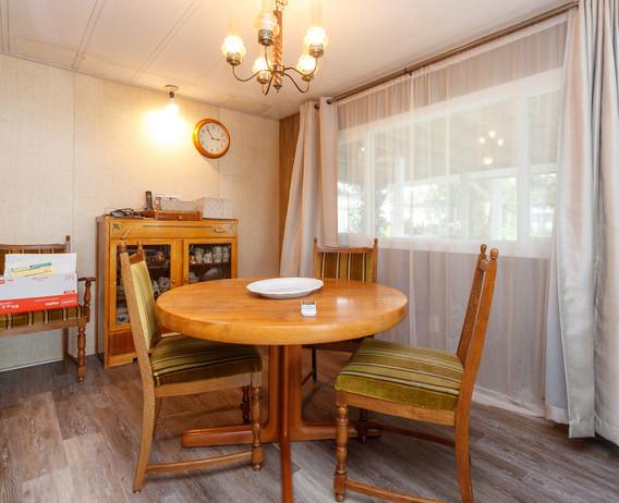 06-dining-room.jpg