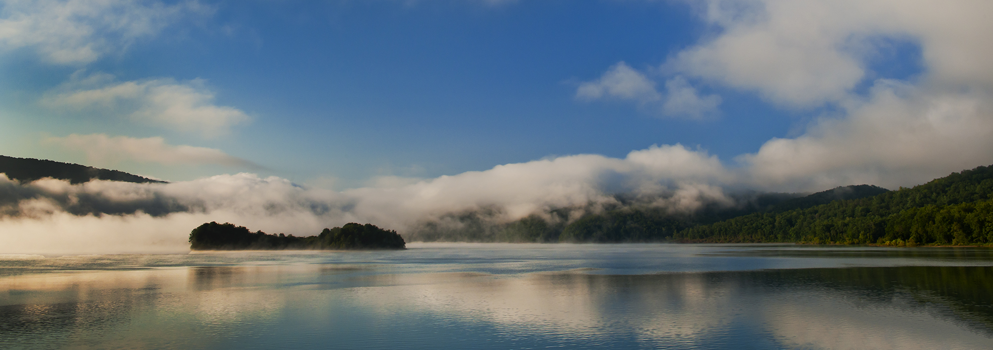 Lake Moomaw in Morning Fog and Light, Ba