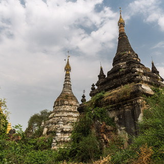 Temples near Hanthawaddy
